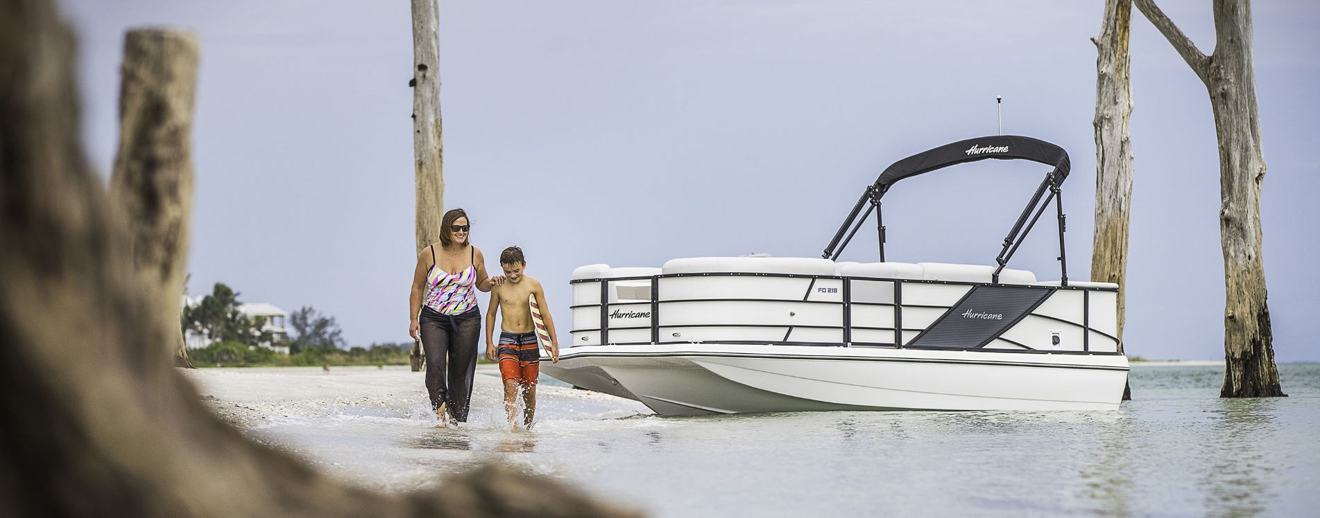 hurricane deck boats pontoons for sale | Johnson Marine